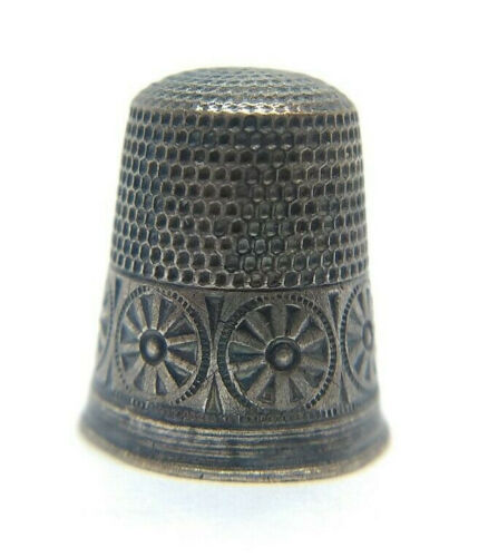 Antique Waite Thresher Sterling Silver Thimble - Rare Folk Rosette Band