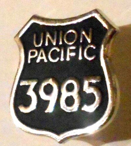 Union Pacific 3985 Railroad Hat Pin RR Train Railway Challenger