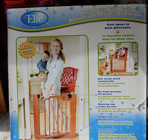 Elfe Baby Gate from Sears