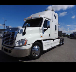 Freightliner Cascadia with cummins isx