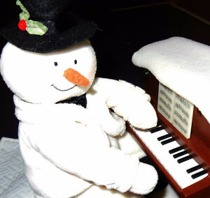 $15...Decoration NOEL * SNOWMAN PIANO*