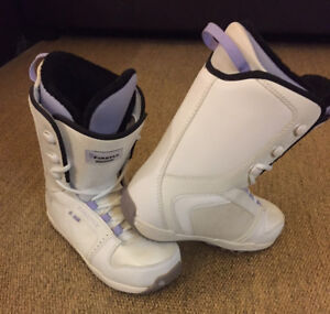 Ladies / Girls Snowboard Boots Firefly Size 8.5