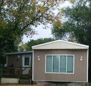 Beautiful Mobile Home for sale just minutes from Winnipeg