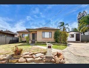 OWN ROOM WITH BATHROOM AND KITCHENETTE AND PRIVATE POOL Lidcombe Auburn Area Preview