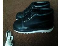 Black kickers