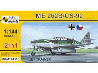 Plastik NEU Messerschmitt Me-262 B //CS-92 2 IN 1 1:144 Mark I Jet Trainer