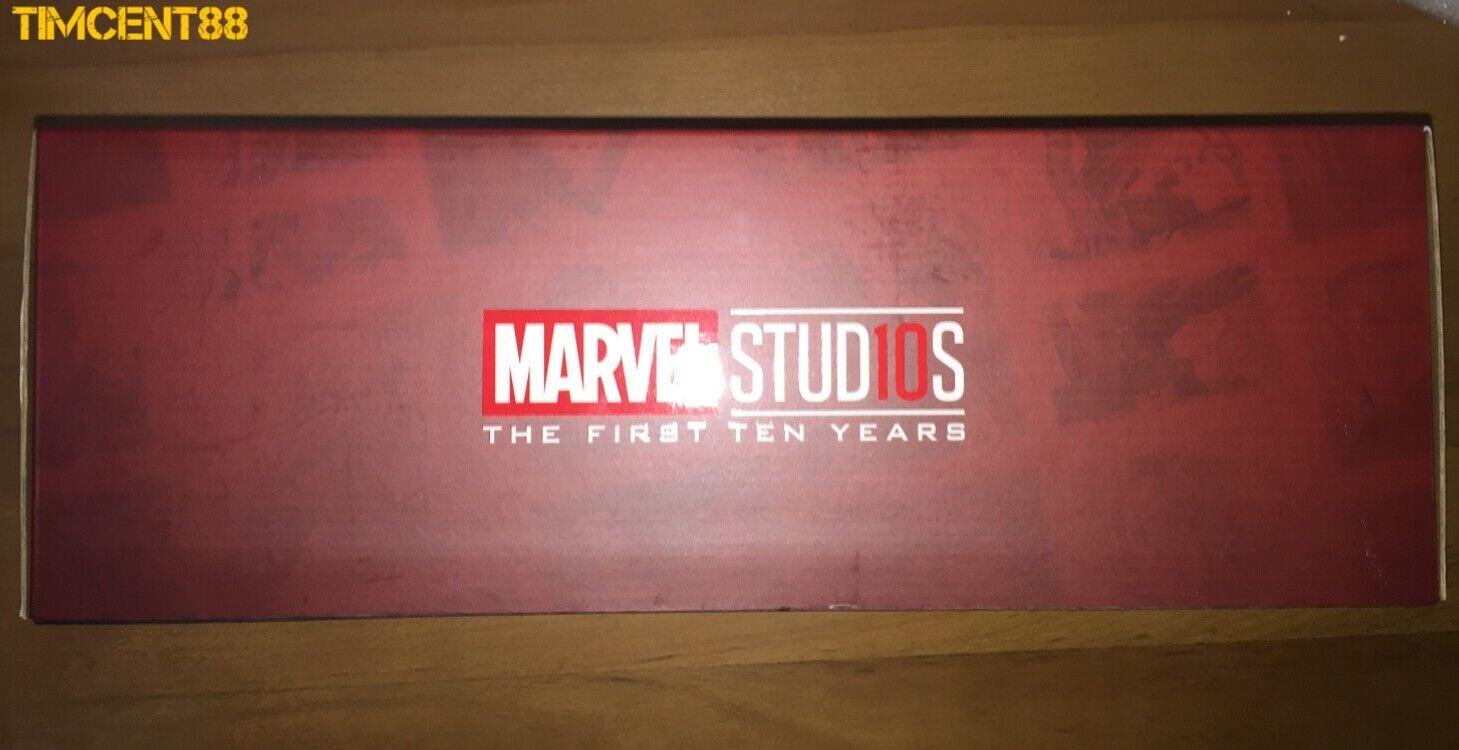 Ready Hot Toys Marvel Light Box New