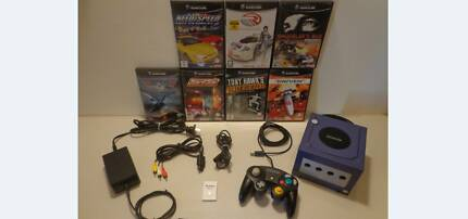 Nintendo Game Cube + 7 Games + 1 Controller + 16 MB Mem Card