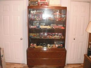 REDUCED LARGE WOODEN CHINA/DISPLAY CABINET - $350.00 FIRM