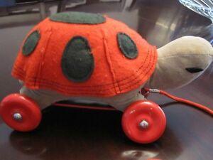 Vintage Turtle Pull Toy on Wheels: Holt Renfrew 1950/60s Oakville / Halton Region Toronto (GTA) image 2