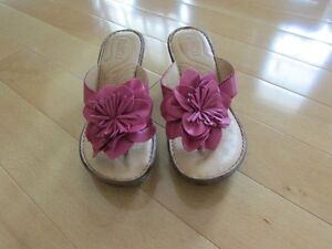 brand new Born Sweetbriar leather sandals size 6