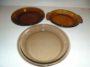 "9"" Brown Pie Plates"