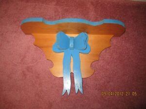 Hand Made Shelf (Ribbon Design)