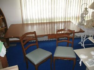 Dining Room Sets Kijiji Free Classifieds In Windsor Region Find A Job Bu