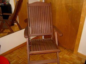 Chaise pliante en bois exotique