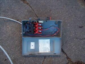 Interrupteur electique. West Island Greater Montréal image 2