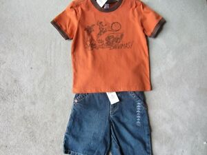 BRAND NEW - OLD NAVY T-SHIRT - 4T
