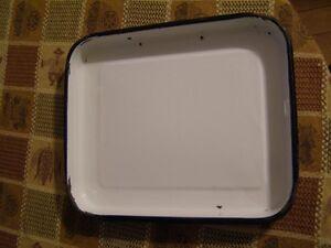 Enamel ware trays