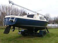 Sailboat - 23 feet Dolphin