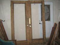 Portes anciennes exterieur