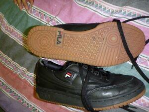 Men's 9 Fila shoes Cambridge Kitchener Area image 2