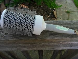 'Metropolis' Hair Volumizing Drying Brush