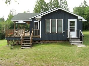Perrault Lake Ontario Private Cottage for Rent - Great Fishing