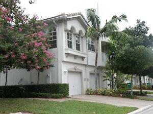 Personnes désirant un condo a louer en Floride