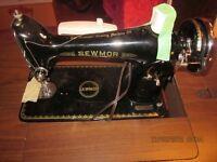 'Antique' Sewing Machine