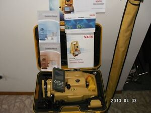 Total Station South NTS 962-R ( LIKE NEW )(Make An Offer) Cornwall Ontario image 5