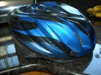 BICYCLE HELMET USED/CASQUE DE BICYCLETTE/USAGE