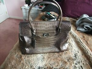 La Diva Taupe Croc Leather Purse