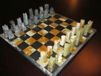 CHESS SET - ONYX CHESS SET