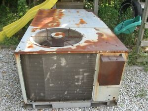 Carrier Rooftop HVAC Heating Cooling Unit 5 ton (Reduced) Windsor Region Ontario image 2