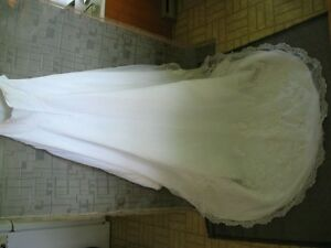 Wedding Dress - Private Collection ($275) Sarnia Sarnia Area image 6