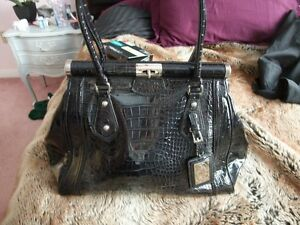 La Diva Black Croc Leather Purse