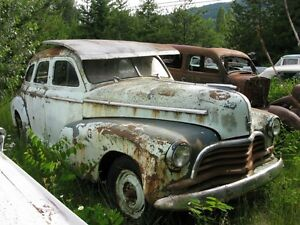 1946 CHEVROLET STYLEMASTER 4-DR SEDAN.....selling as a parts car