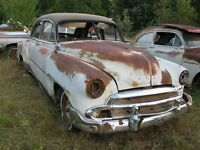 1951 CHEV STYLELINE DELUXE 4-DR SEDAN.....selling as a parts car