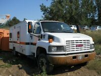 2006 GMC 5500 - Duramax diesel - 2 identical trucks - Parts only