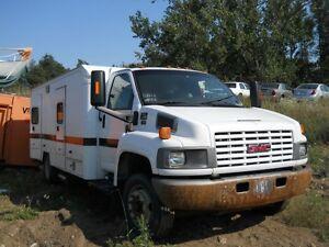 2006 GMC 5500 - Duramax diesel - 2 identical trucks - Parts only
