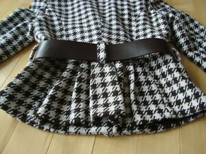 Ladies Dynamite Lined Jacket w/ belt  - Size 6(Small-Medium) Kitchener / Waterloo Kitchener Area image 2