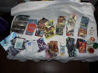 16 différents paquets de cartes de collection POG