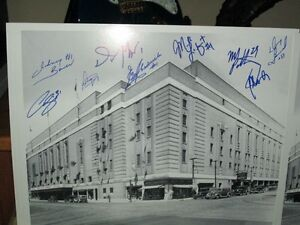 Toronto Maple Leafs Print Signed by 9 Leaf Goalies