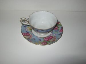 2 SETS OF CUPS & SAUCERS