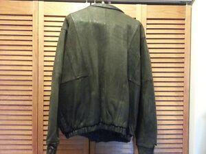 Mens Leather Bomber Jacket size 42-44 Cambridge Kitchener Area image 3
