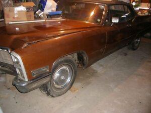 Cadillac Cabriolet 1968 ( 375 Hp) +second moteur 472 pc.+transm.