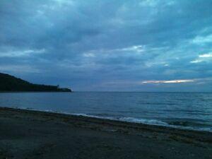 Petit chalet à louer en Gaspésie (sur une plage de sable)