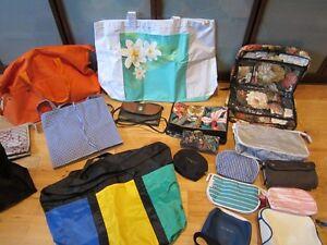 Sacs de voyage /valise/sac . Bal. pour 25.00$ West Island Greater Montréal image 1