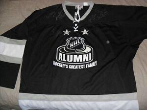 Hockey Alumni Jersey signed Leafs KEON F.MAHOVALICH Bobbblehead