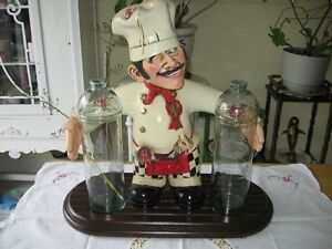 2 GLASS SPAGETTI HOLDER WITH CHEF'S FIGURE .